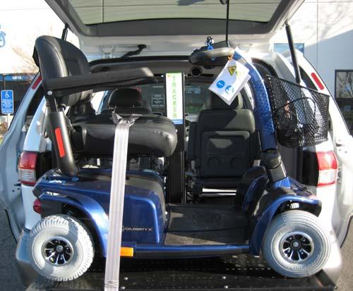 Freedom Tracker Wheelchair Lift : Toyota sienna xle w freedom lift