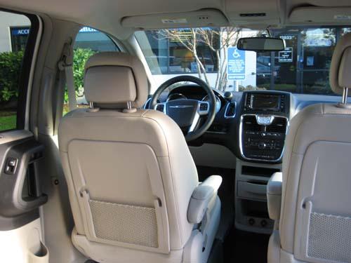 13 Chrysler T Amp C Touring W Amerivan Conv