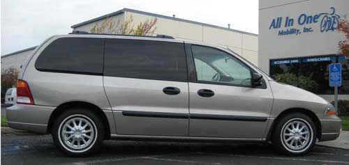 02 Windstar Lx W Lift And Powerchair
